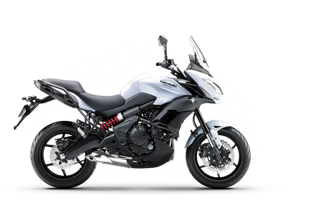 Туристический Kawasaki Versys 650 2015 модельного года.