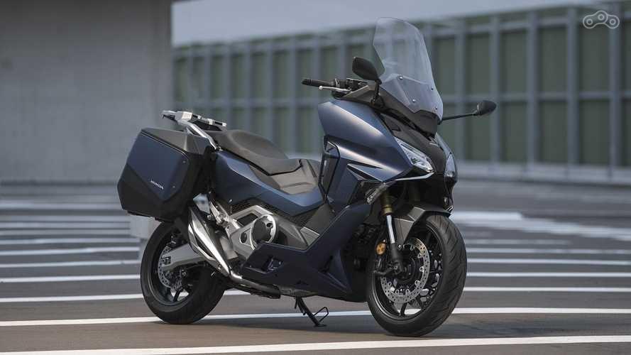 Honda: обновление линейки максискутеров