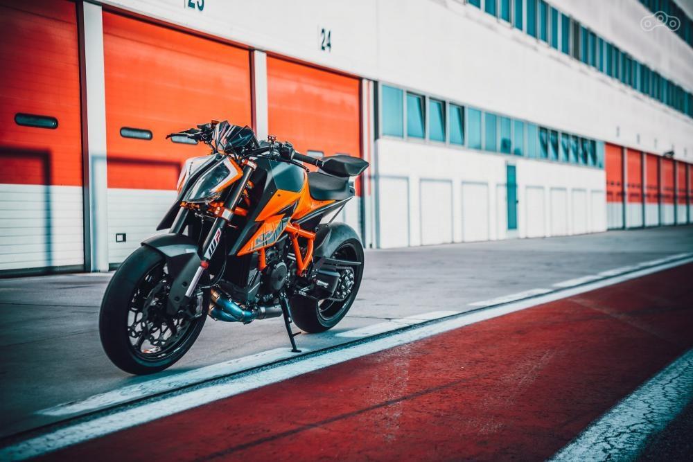 KTM готовит 1290 Super Duke RR