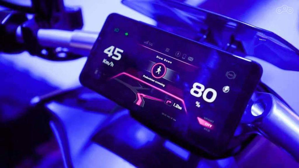 CFMoto представил электроскутер Zeeho Cyber