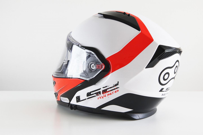 Вес шлема LS2 FF324 Metro Rapid составляет 1650 г.