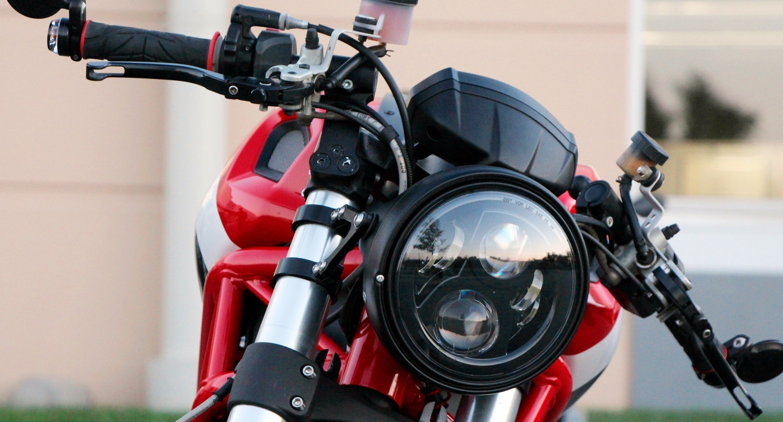 Правильное переключение скоростей на мотоцикле: от подготовки и до