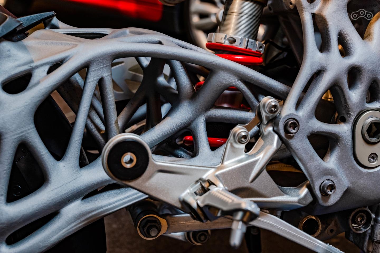 BMW предрекает обновление процесса производства автомобилей и мотоциклов в скором будущем