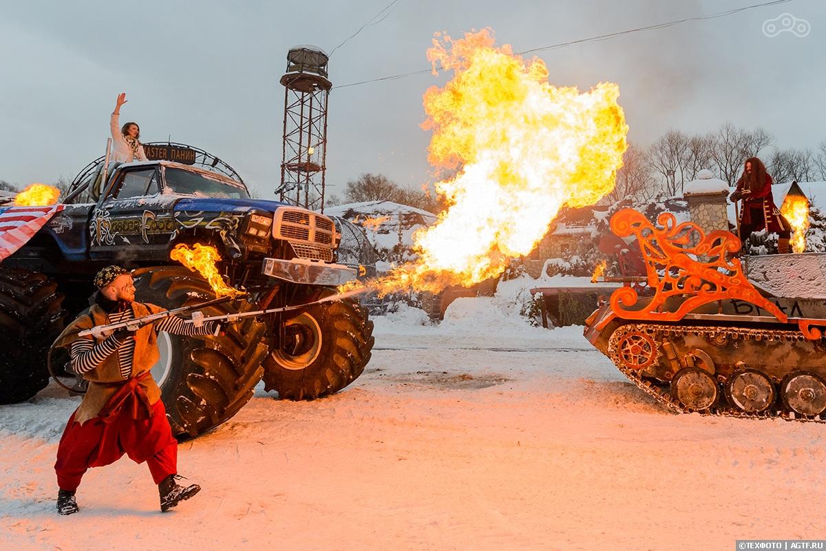 """Новогоднее трюковое представление """"Новый год по-каскадерски"""""""